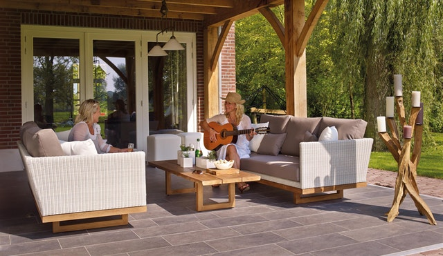LOUNGE FURNITURE – TO FIND THE BEST COMFORT AVAILABLE POSSIBLE